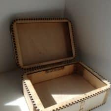 nagy doboz alap-gravírozható-névre írható-egyedi- tároló-box