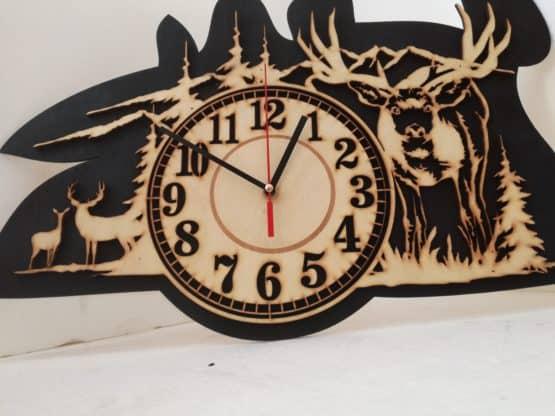 Óra- szarvas- vadász- clock- time- idő-deer hunter