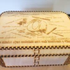 nagy doboz Gombóc Artúr- csokoládé- csoki-édesség- box