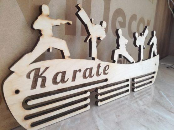 éremtartó-erem-medal-karate-küzdősport